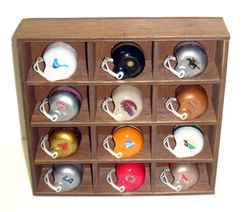 USFL_Shadow_Box