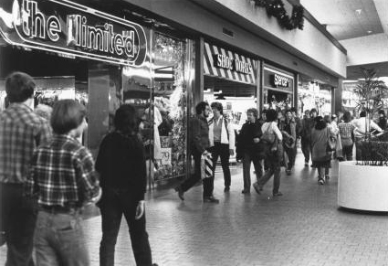 Florence_Mall_1982